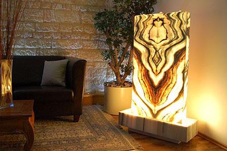 lichtbrunnen aus s lker marmor. Black Bedroom Furniture Sets. Home Design Ideas